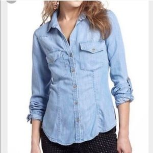 Cloth & Stone Chambray Button Up Small Blue Top